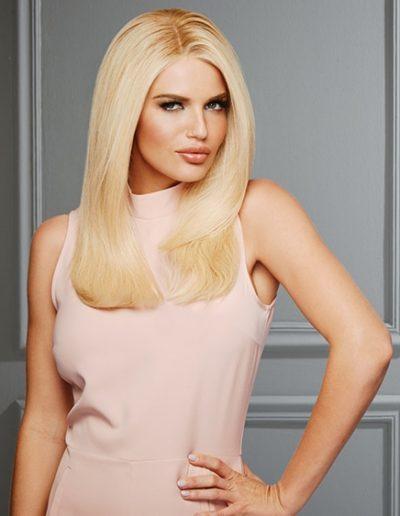 Straight Golden Blonde Woman Hair Raquel Couture