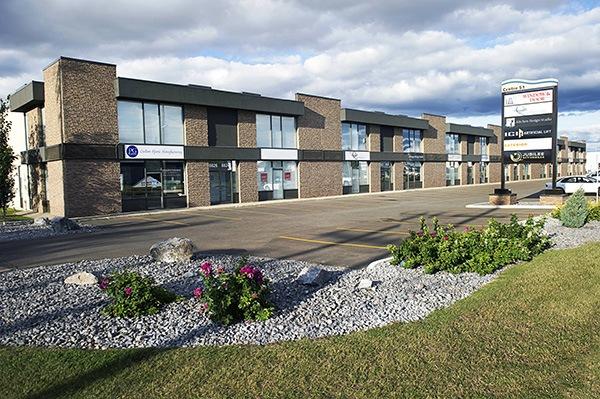 Exterior Du Brule Hair Clinic Centre 51 Edmonton Alberta